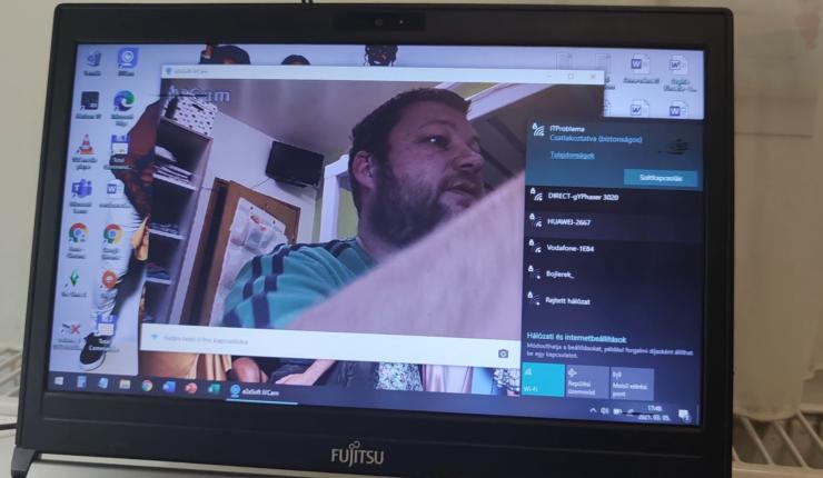 Tipp: Így csinálj webkamerát a telefonodból